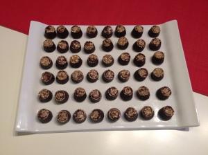 Chocolats noir au praliné