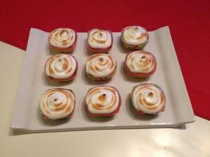 Cupcakes au citron avec un nappage meringué