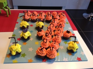 Cupcakes d'anniversaire en forme de chiffre